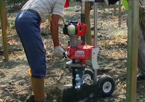 WAUG-500移動式挖孔機